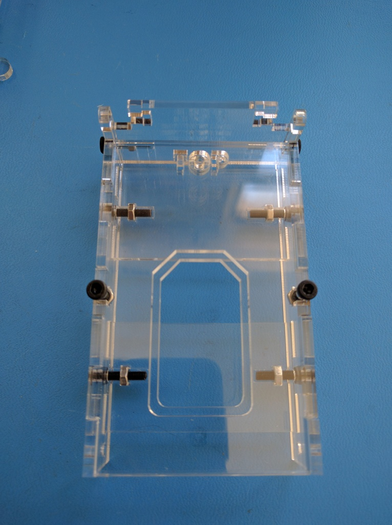 Attach PCB capture screws and tighten all side screws. Careful not to over tighten.
